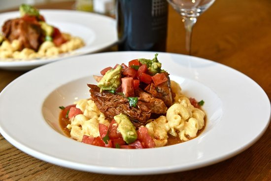 $25 Dinner for Two with a Bottle of Wine Special: Selland's Mac & Cheese with Pork Carnitas and Avocado & Tomato Salsa