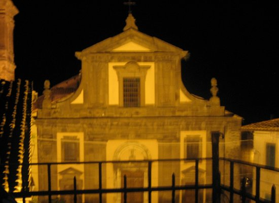 Blera, Itálie: The church with light