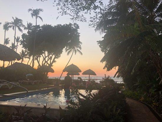 view upon entering beach garden area