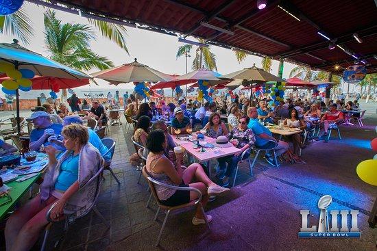 Day Off Beach Bar