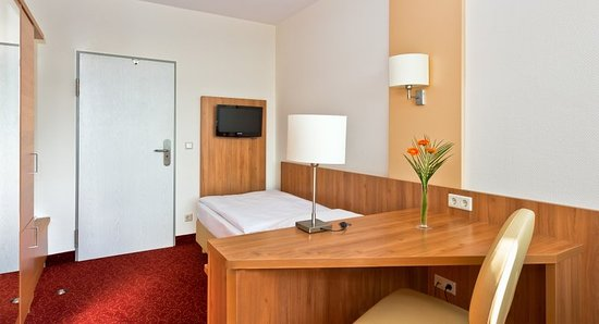 Ringhotel Haus Oberwinter: Guest room