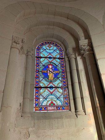 Une des plus ancienne église du Poitou en superbe état après restaurations
