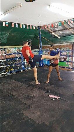 Cherngtalay, Thailandia: Kick!