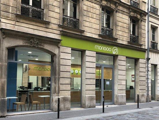 mongoo saint lazare paris restaurant reviews photos. Black Bedroom Furniture Sets. Home Design Ideas
