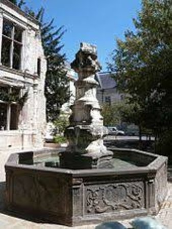 Fontaine de Beaune Semblencay