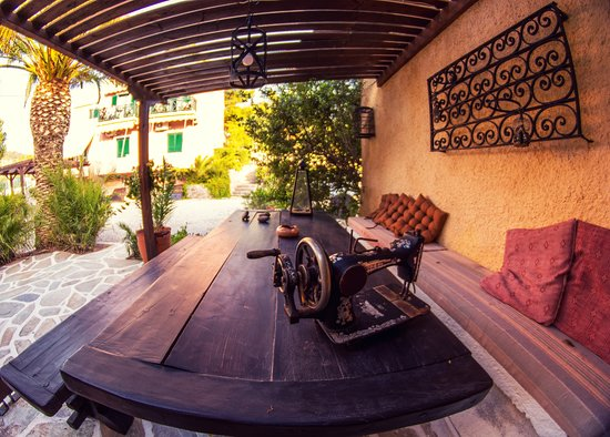 Vagia Hotel Restaurant: The beer garden has seats all over the building... Its not just the front.