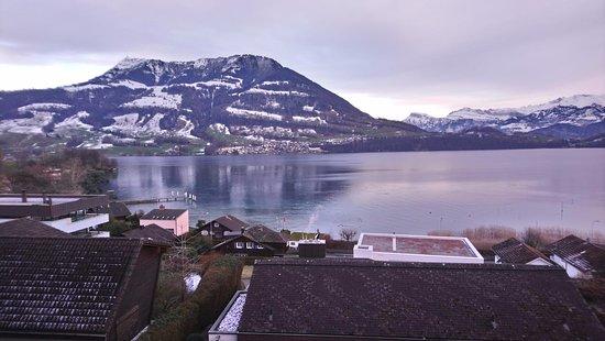 Merlischachen, Schweiz: Aussicht aus dem Hotelzimmer