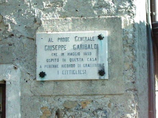 targa a Garibaldi
