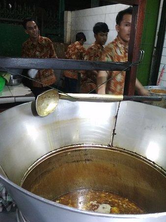 Koya Penguat Rasa Pak Sadi Masih Kuat Bolak balik Surabaya-Jakarta