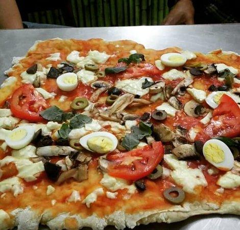 Mr. Pizza: Capricciosa
