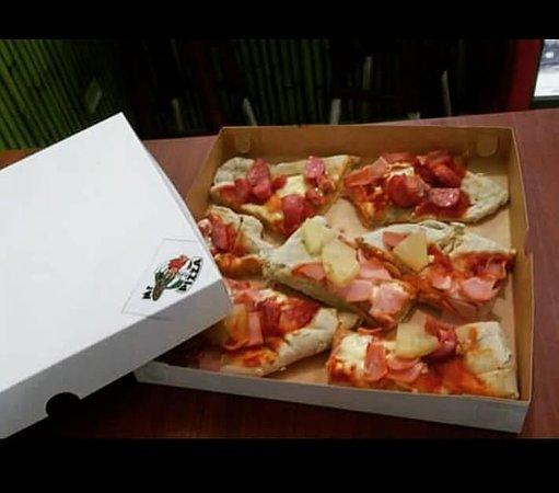 Mr. Pizza: Jamon,Salame,Chorizo y Piña