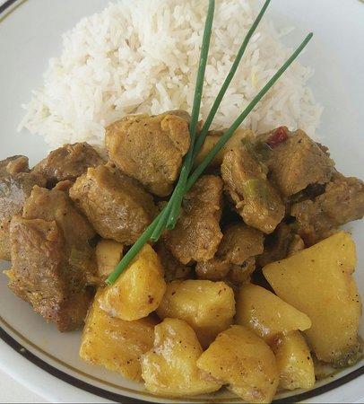 Tsada, Cyprus: Goat Curry