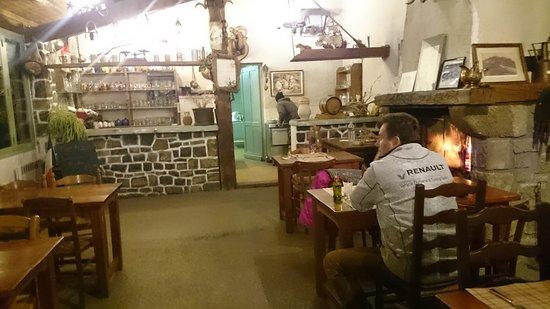 Chez Toine, salle du restaurant.