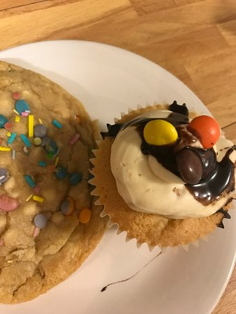 Brenchley, UK: We sell a variety of homemade cakes