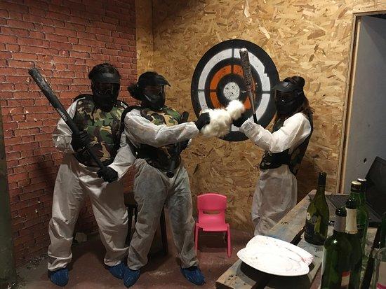 Karnage Club - Rage room & Lancer de haches