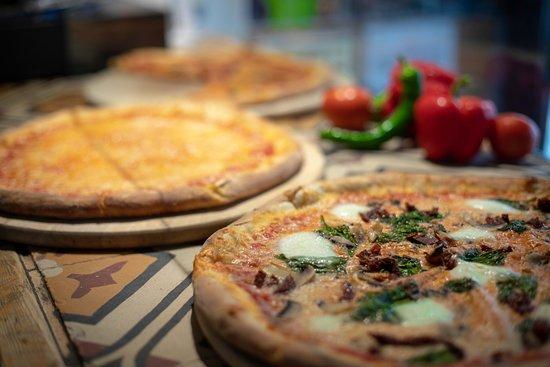 פיצה לינגה: Pizza Linga