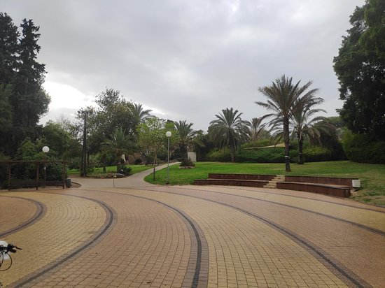 Sderot, Israel: קיבוץ סעד דתי לאומי ליד העיר שדרות
