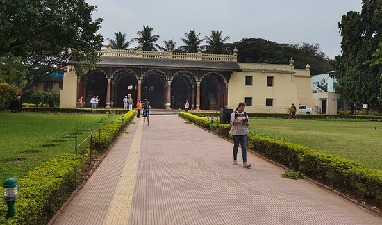 Tipu Sultan Fort and Palace - Bangalore KR Market: Front view of Palace