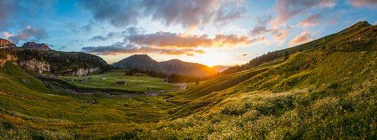Sachseln, Switzerland: Aelggialp Abendrot