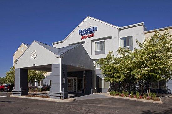 fairfield inn suites denver tech center south 79. Black Bedroom Furniture Sets. Home Design Ideas