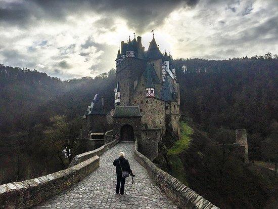 Eltz Castle: Me walking towards Burg Eltz...I always wanted a photo like that!!