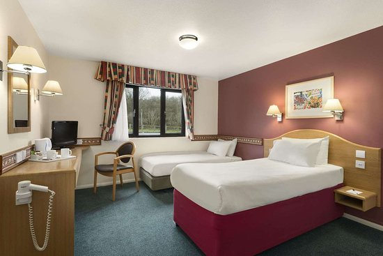 Lower Wick, UK: Accessible Guest Room
