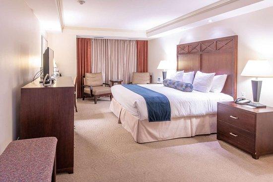The Wyvern Hotel Punta Gorda- an Ascend Hotel Collection Member: Guest room with king bed(s)