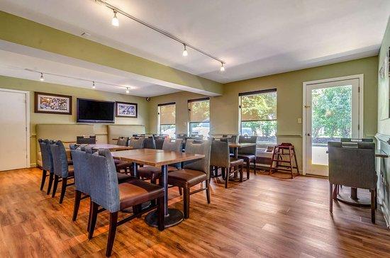 Creedmoor, Karolina Północna: Breakfast area