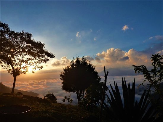 Minca, Colombia: Este hermoso amanecer solo se puede disfrutar en el palacio de las nubes.