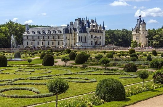 2-Day Loire Valley Castles Tour from...