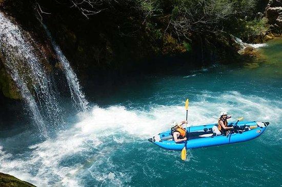 Kayaking at the Mreznica Canyon