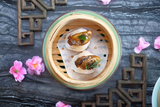 Steamed Oyster, Fat Choy and Prawn Dumplings   Chinese New Year Special 2019