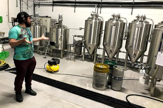 Tour di South Edmonton Brewery