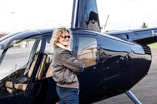 Tour en hélicoptère au-dessus de Paris