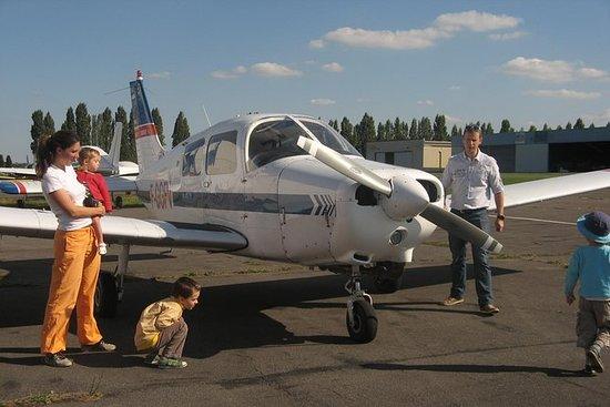 Flight Tour of Paris region and its...
