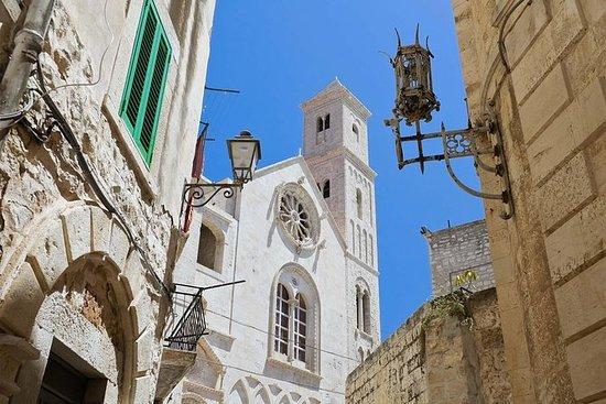 Recorrido histórico a pie por Bari...