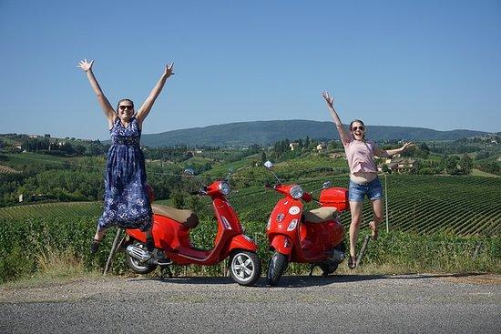Tour San Gimignano Vespa - 1 vespa...