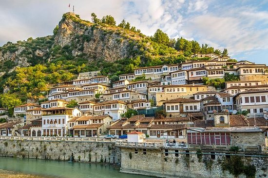BERAT-DAILY TOUR