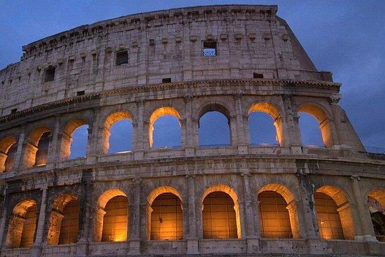 地元のガイドと一緒に、1日でローマの最高を