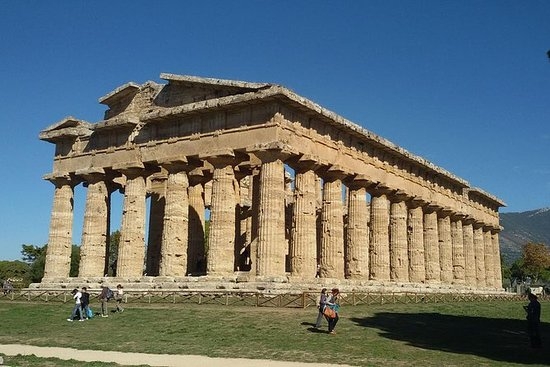 The ruins of Paestum private tour...