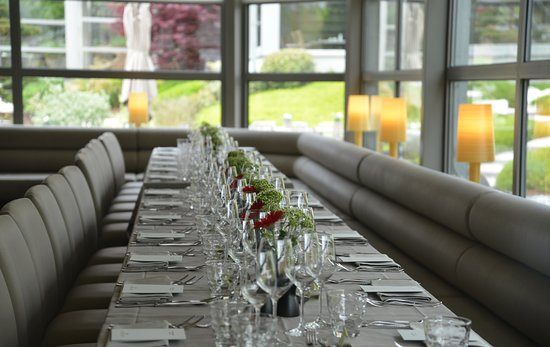 La Cuisine au Vert: Group lunch or dinner/ lunch ou dîner de groupe