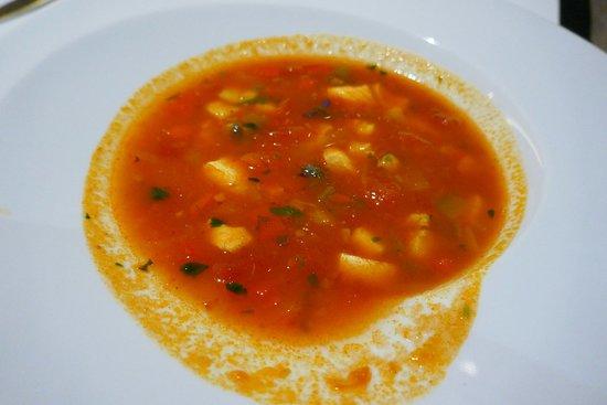Alambique Restaurant - Saccharum: Aromatische und würzige Fischsuppe
