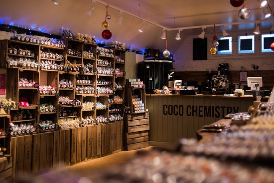 Lacock, UK: a huge range of chocolate from slabs to truffles, chocolate salamis, take-away hot chocolate and coffee!