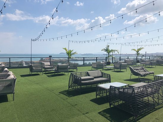 InterContinental Miramar Panama: Usually reserved for events, I got a little tour of the patio.