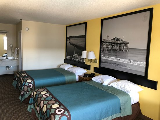 Pictures of Super 8 by Wyndham Florence - Florence Photos