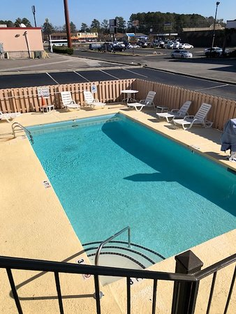 Pool - Picture of Super 8 by Wyndham Florence, Florence - Tripadvisor