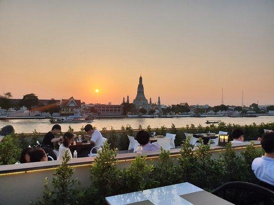 CHOM ARUN RESTAURANT, Bangkok - Updated 2019 Restaurant Reviews