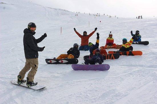 Passo del Tonale, Ιταλία: Snowboard Instructor on track