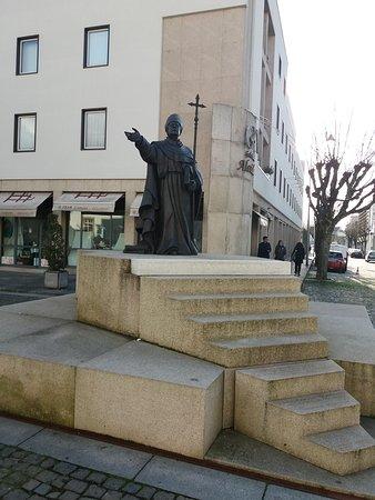 Estatua De Dom Frei Bartolomeu Dos Martires