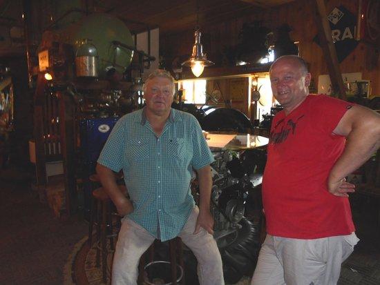 Westfalische Deutzer Motoren Samlung A&W Heitmann: on the left the Welzen owner and my big friend Franz